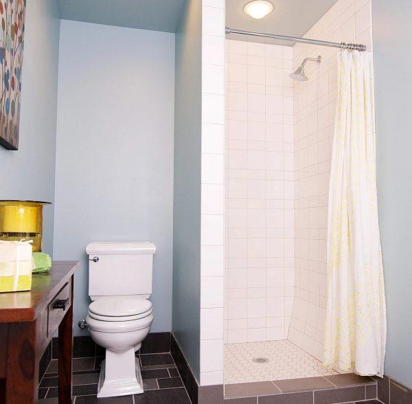 UDistrict Bathroom